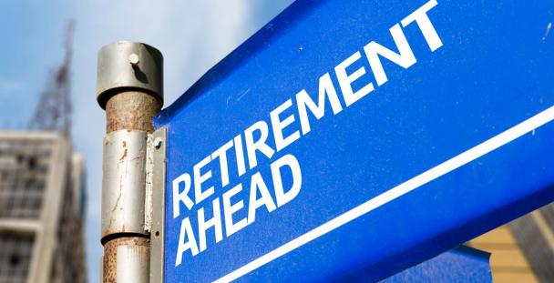 Retirement ahead road sign (c) Shutterstock / Gustavo Frazao